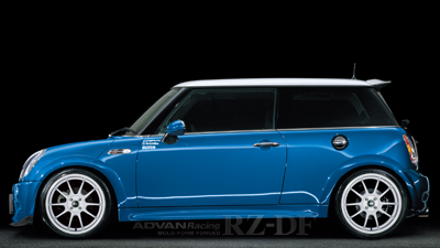 BMW R56 MINI COOPER S  tuned by GLAD JAPAN RACING WHITE